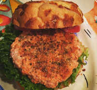 Salmon-burger-prepared-product_photo